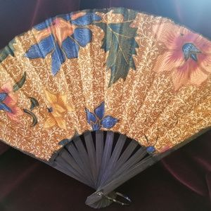 Vintage Wood and Cotton Print Fan